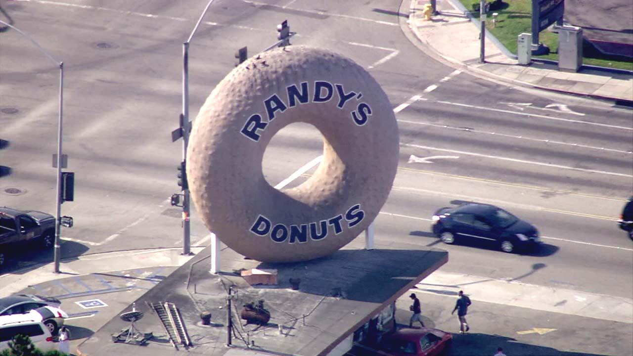 Randys Donuts.