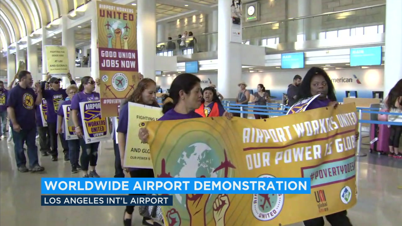LAX workers protest for better wages and union rights on Tuesday, Oct. 2, 2018.