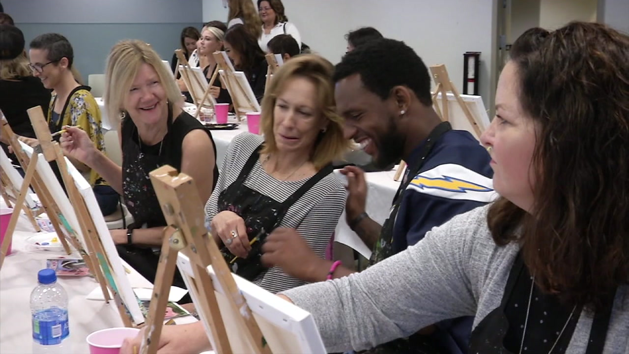 LA Chargers cornerback Casey Hayward, who lost his mother to breast cancer, visited patients and survivors at the Hoag Family Cancer Institute in Newport Beach.