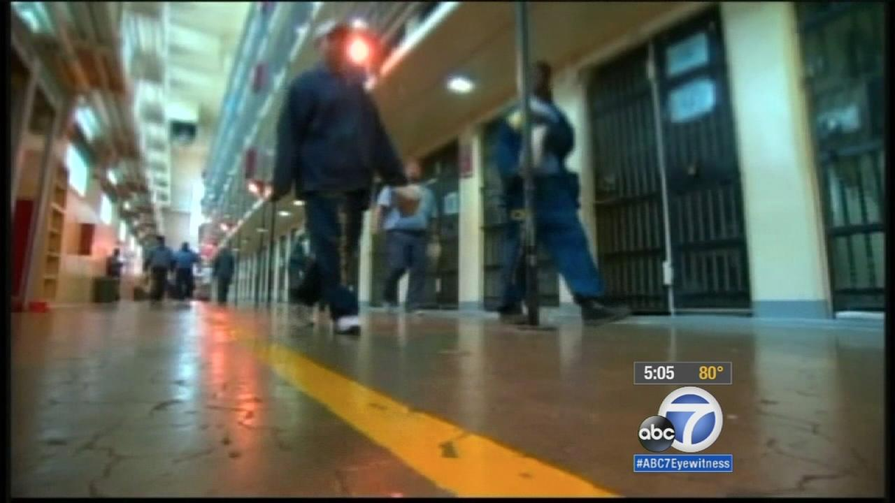 LASD under fire for plan to let immigration agents in jails