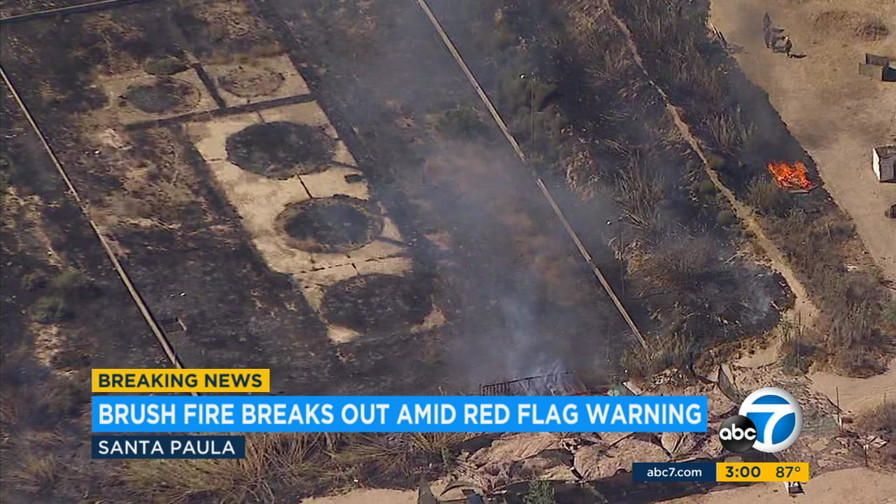A small brush fire erupted in Santa Paula amid a red flag warning across the Southland Friday.