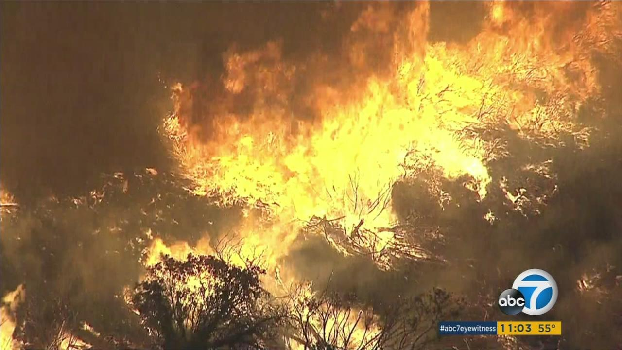 A wildfire erupts, spreading to 40 acres in Simi Valley on Wednesday, Nov. 11, 2015.