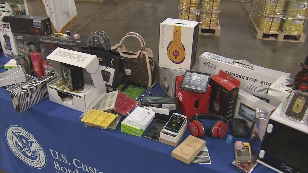 Federal officials warn of counterfeit products this holiday shopping season.