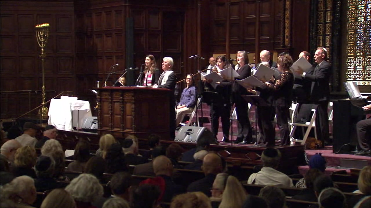 Faith leaders gathered at the Wilshire Boulevard Temple on Friday to honor the 11 people killed during last weekends synagogue shooting in Pittsburgh.