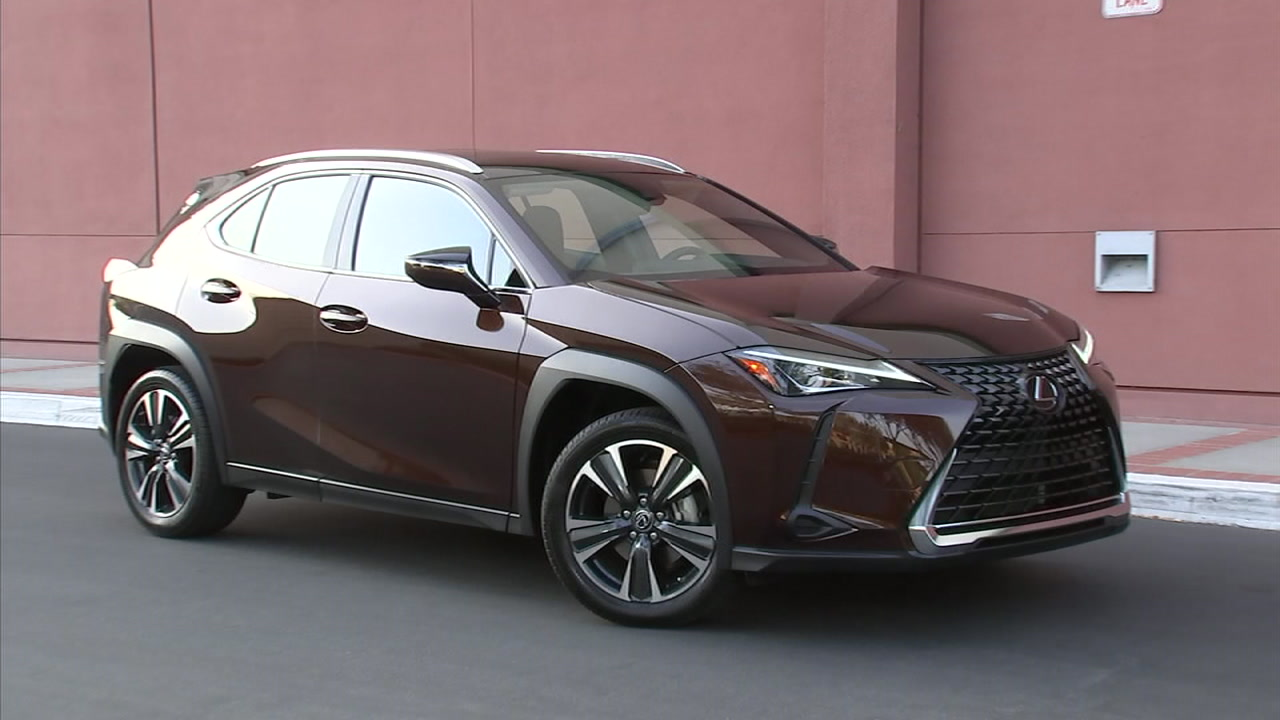 Toyotas upscale Lexus division is trying to cover all its SUV bases, from large to small.
