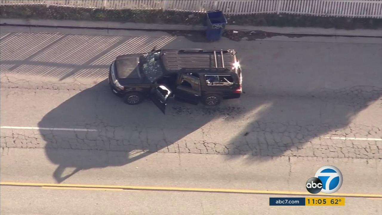 Witnesses to a shootout between San Bernardino police and chase suspects believed to be the mass shooters in San Bernardino described the massive gun battle.