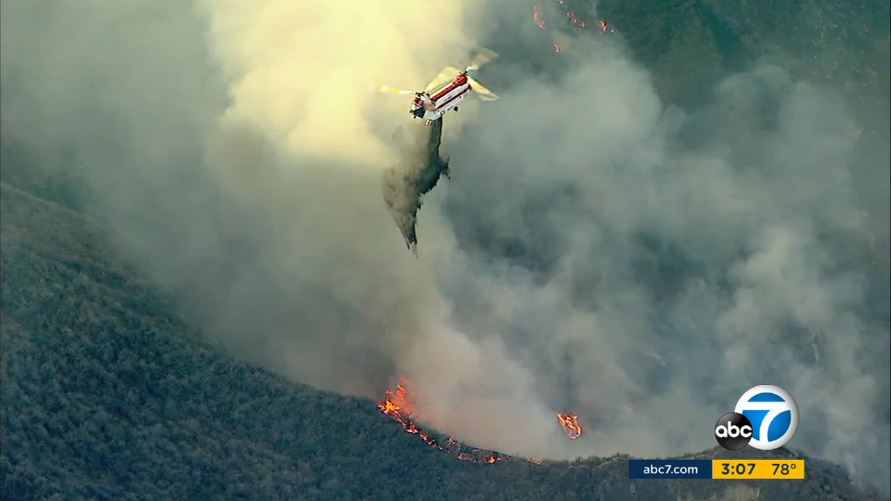A brush fire erupted in the Santa Paula area in the hills above the river bottom early Thursday morning.