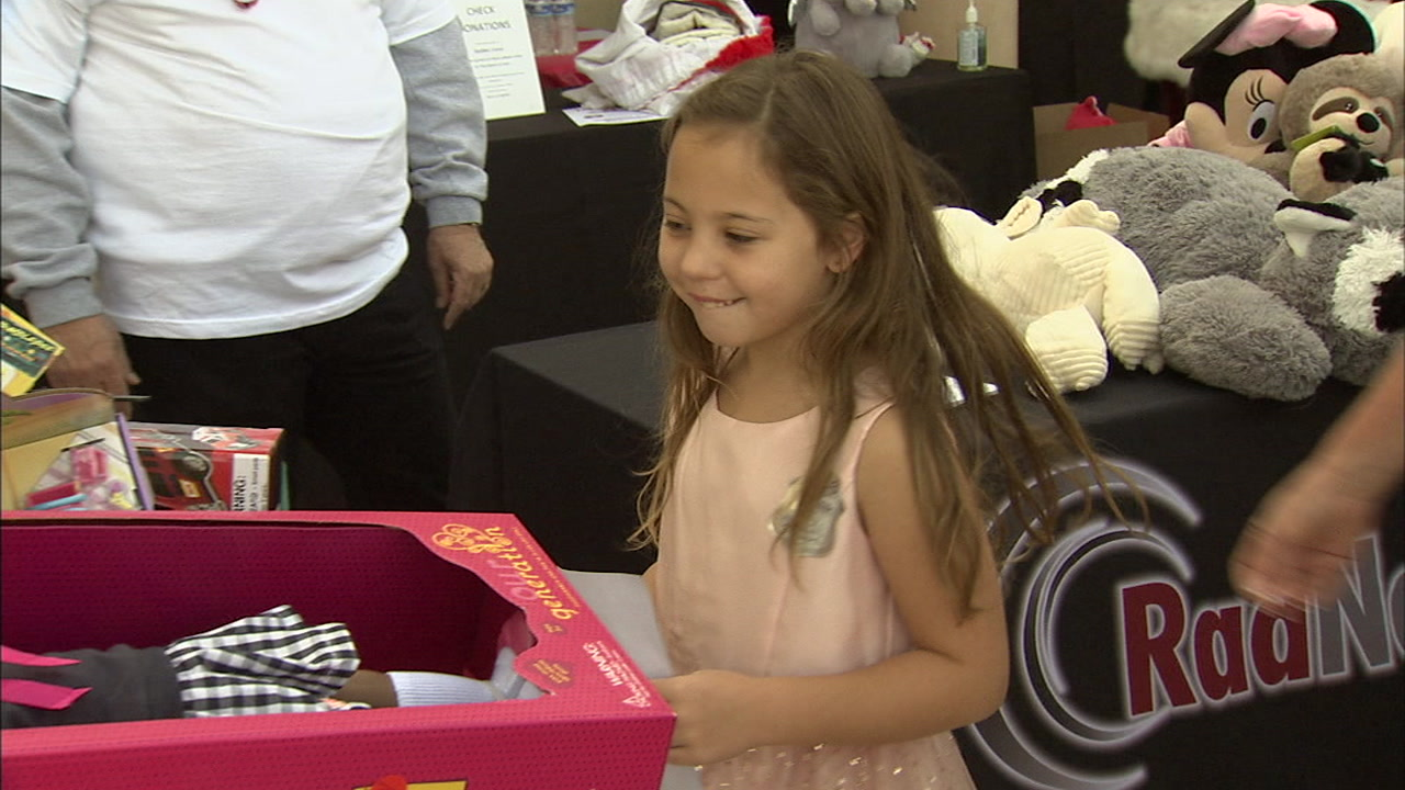 Seven-year-old Sophia Novotnys wish came true when she held a toy drive for kids affected by the Woolsey Fire.