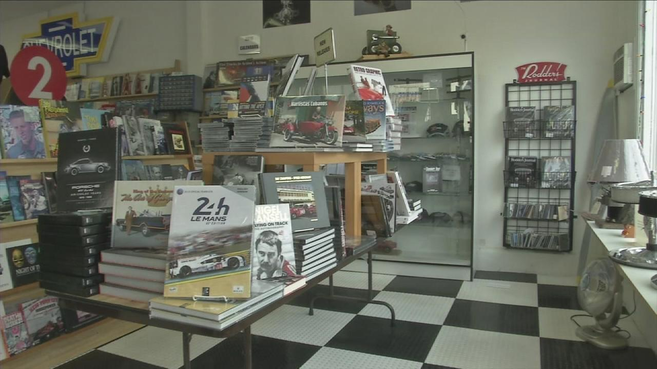 The inside of Autobooks-Aerobooks in Burbank is shown in the photo above.