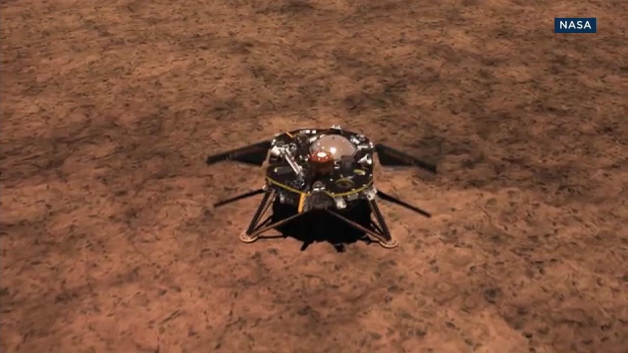 A photo of NASAs InSight spacecraft.