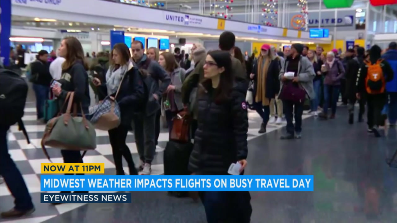 Storms in the Midwest were canceling flights across the country and clogging up already-busy airports.