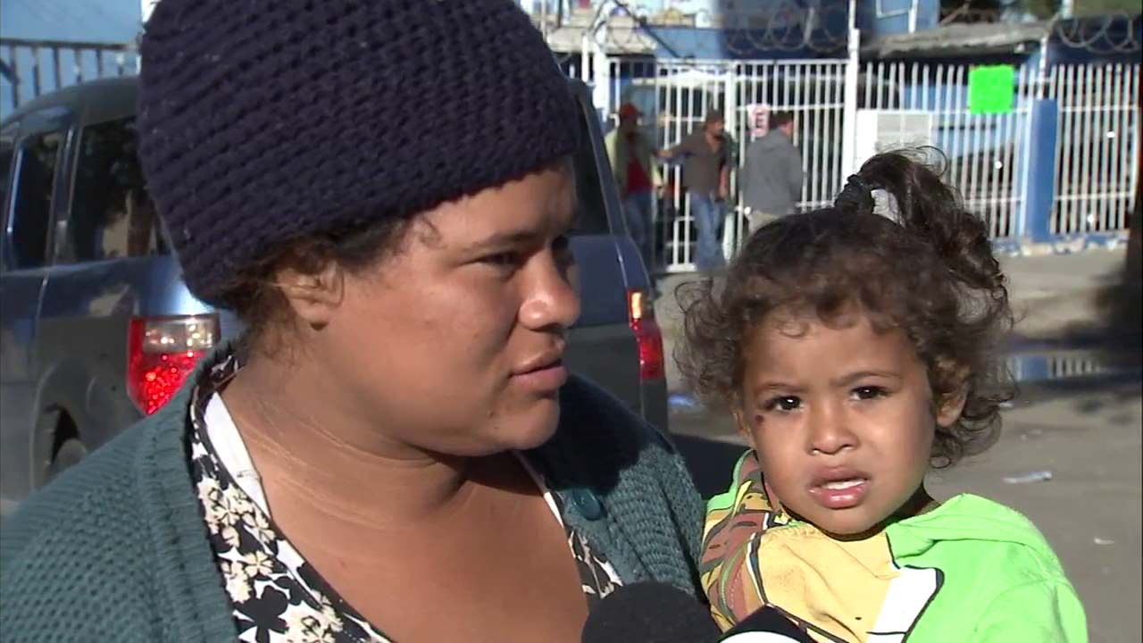 A Honduran mother told Eyewitness News that she fled her country because her childrens lives were in danger.