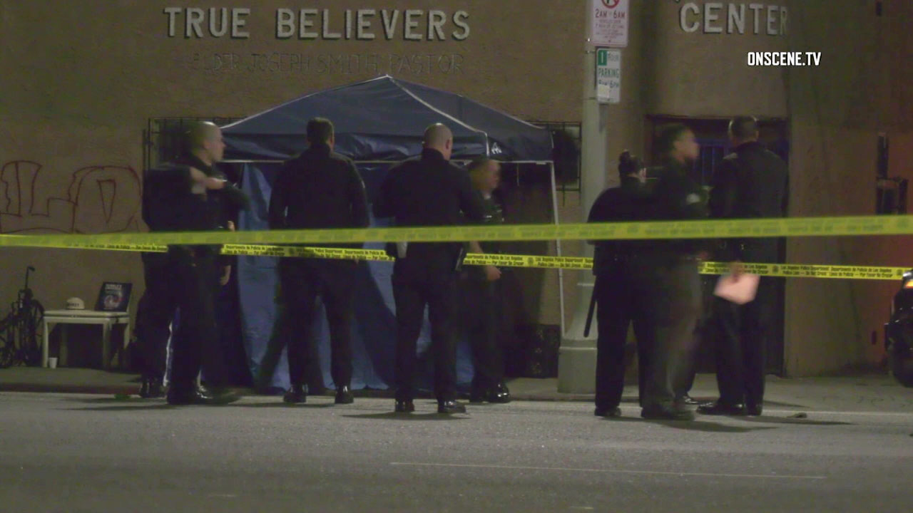 Crime tape surrounds the scene of a womans fatal shooting in South Los Angeles on Sunday, Nov. 25, 2018.