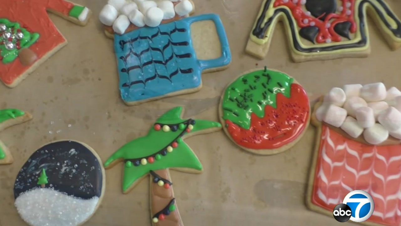 The Gourmandise School in Santa Monica is offering classes to make holiday cookies.