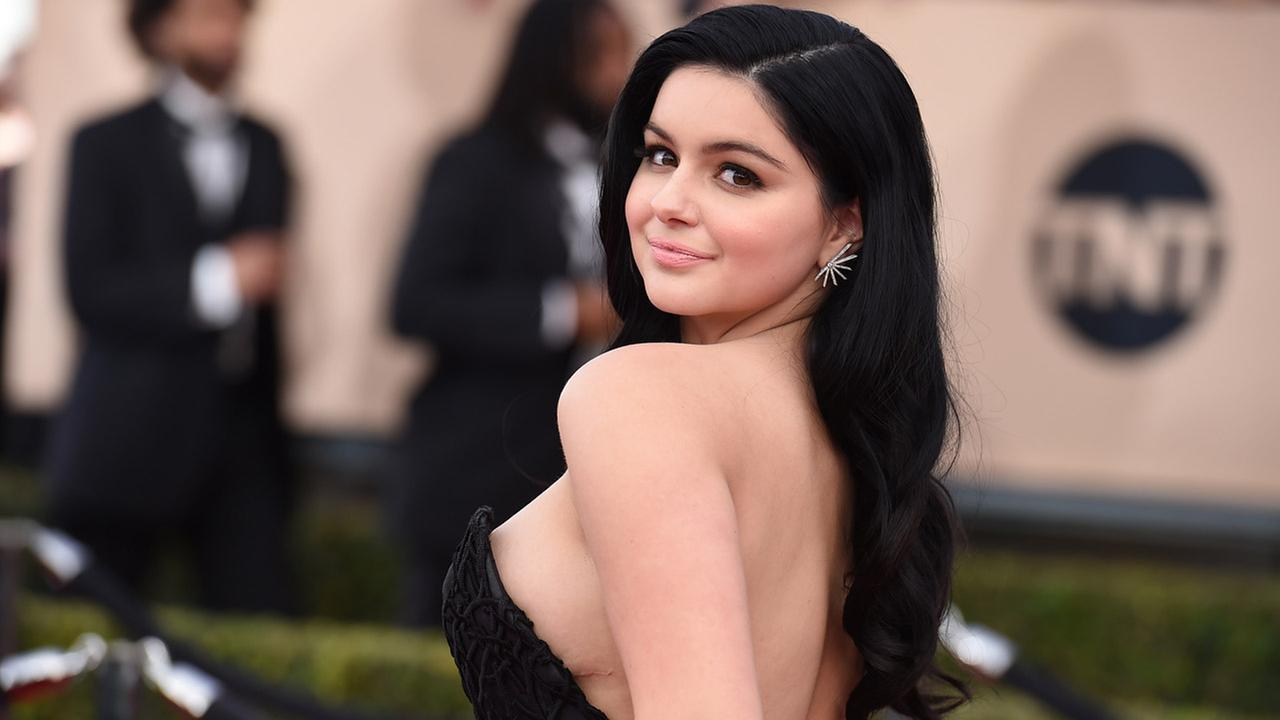 Ariel Winter arrives at the 22nd annual Screen Actors Guild Awards at the Shrine Auditorium and Expo Hall on Saturday, Jan. 30, 2016, in Los Angeles.