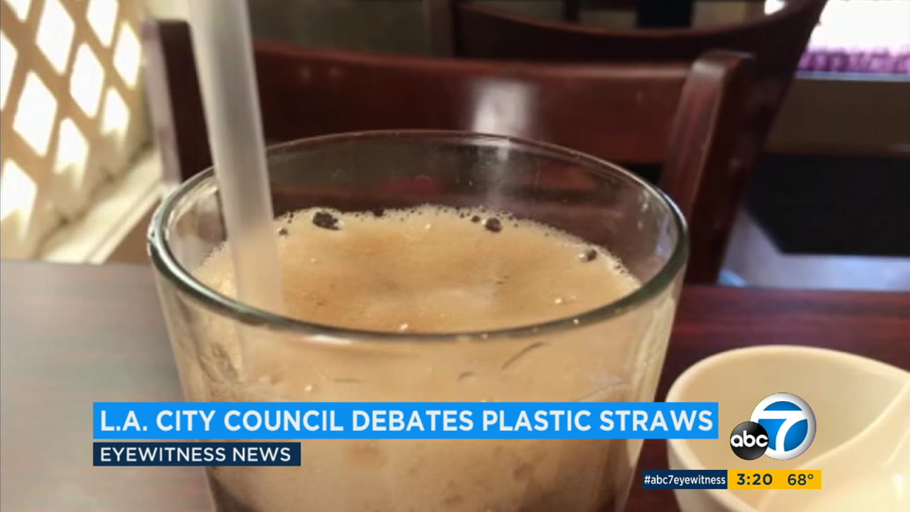 Los Angeles restaurants would be prohibited from automatically giving out straws to customers under a plan approved Tuesday by the Los Angeles City Council.