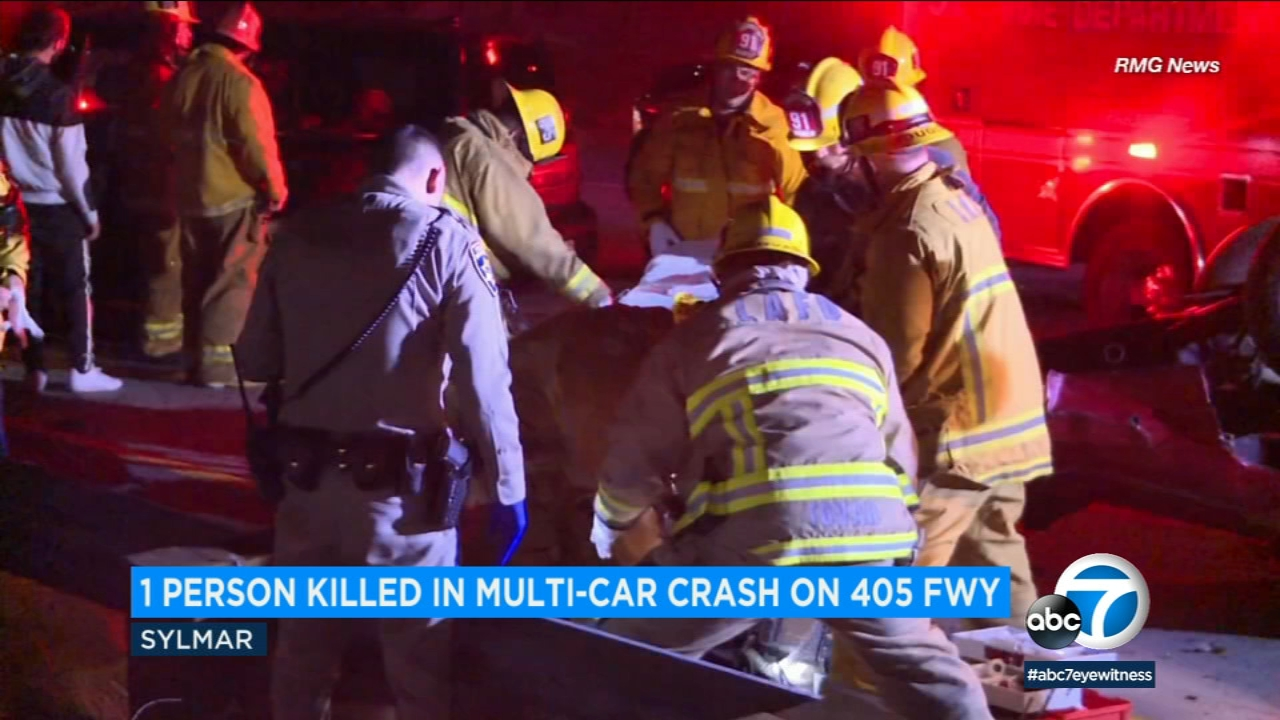 One person died in a multicar crash on the 405 Freeway in the Sylmar area.