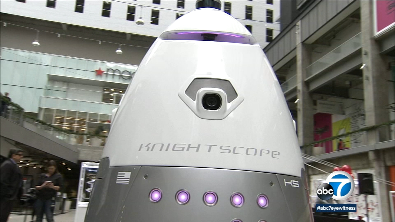 A robot that is expected to patrol a DTLA mall.