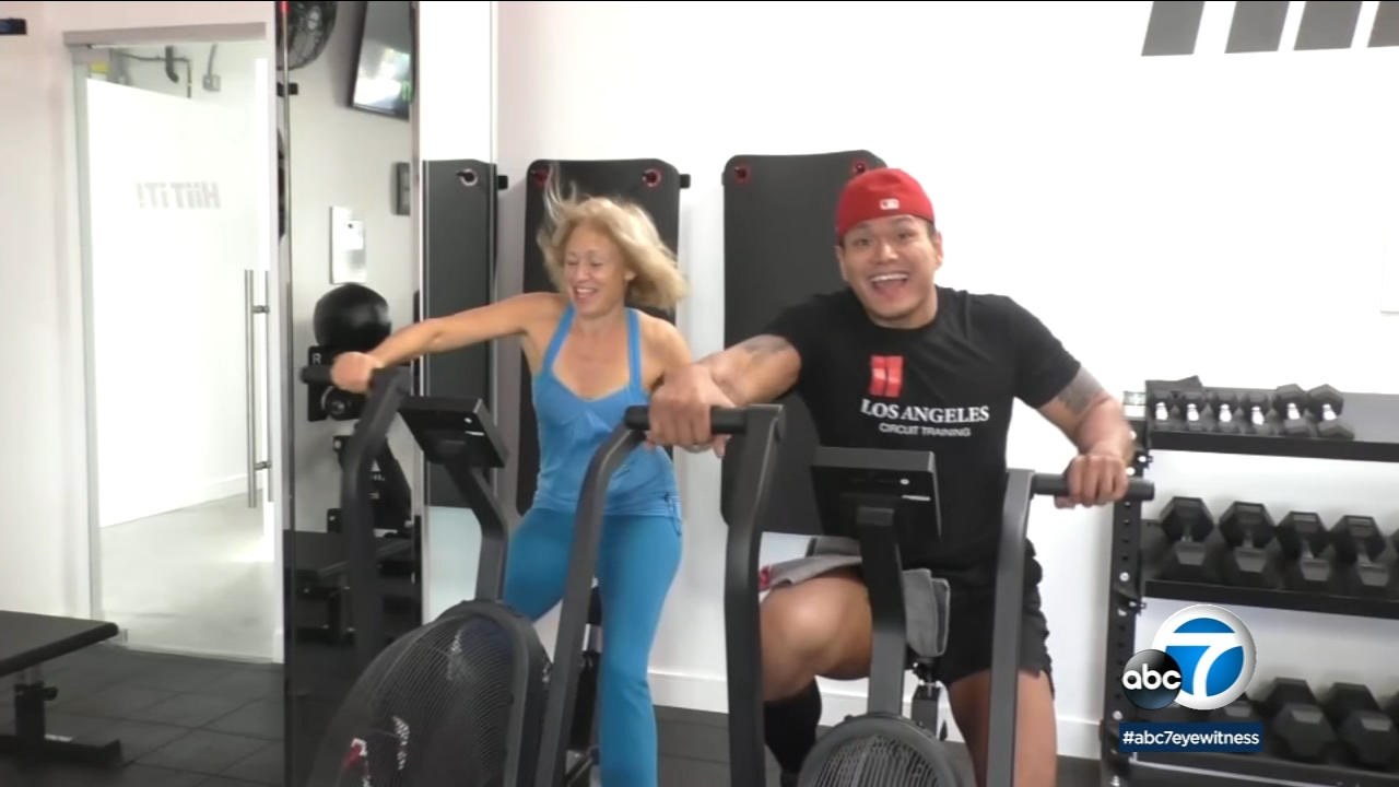 To take off that holiday weight, you might want to try pairing up with a partner during your next workout.