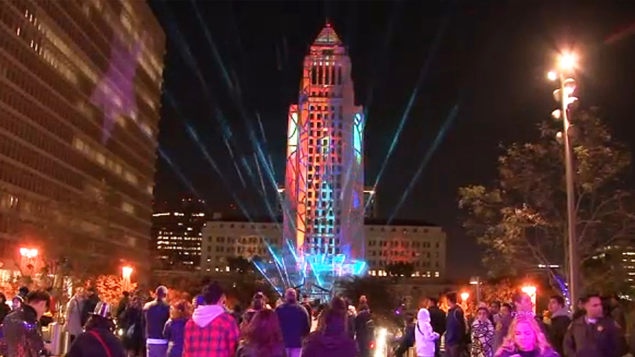 NYE LA attracts thousands at Grand Park to ring in 2019.