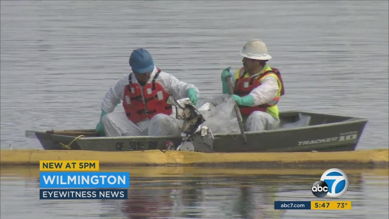 Boat owners and residents say the oil spill in Los Angeles Harbor has not been cleaned up quickly enough.