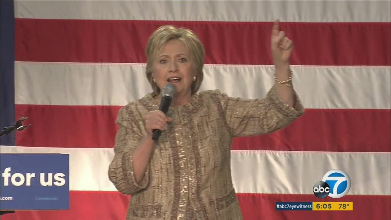 Hillary Clinton attended a rally at Southwest College before heading to a fundraiser at George Clooneys home.