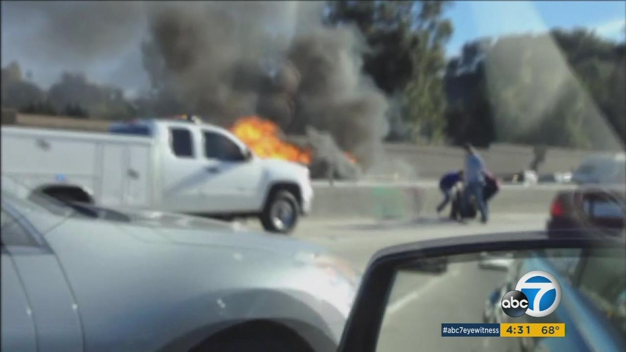 A Los Angeles officer who pulled a driver from a burning vehicle on the 405 will receive the Medal of Valor from President Obama on Monday.