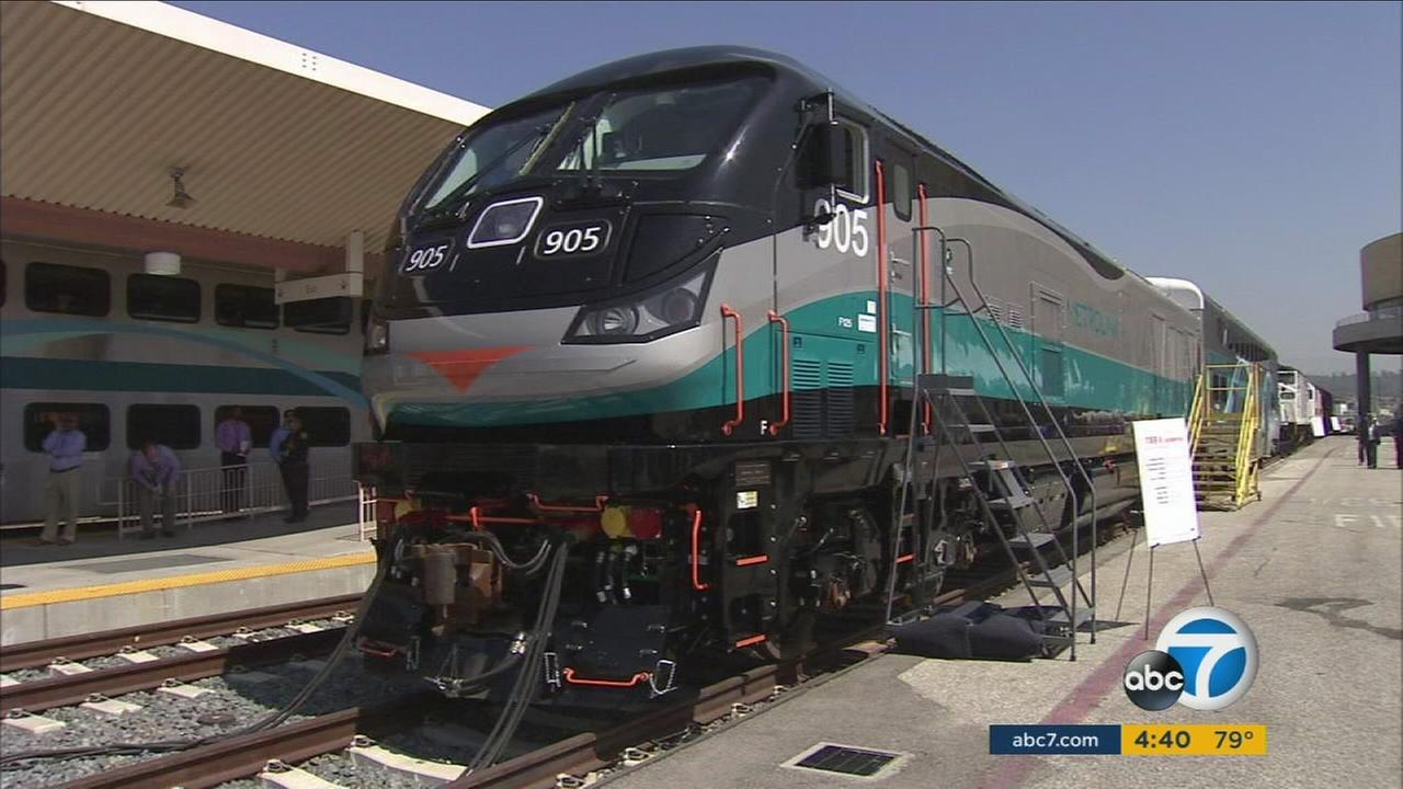 Metrolink unveiled a new Tier 4 locomotive that will feature powerful, cleaner engines and new automated safety features.