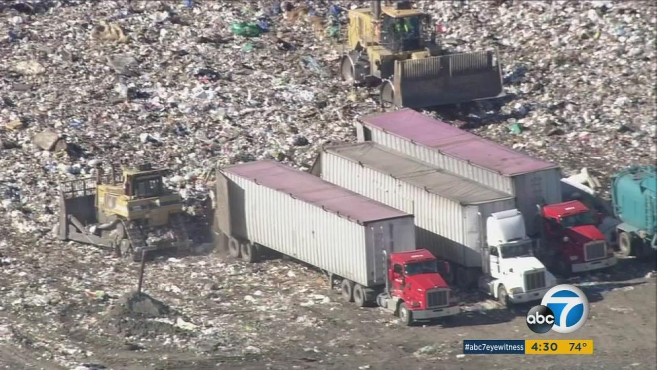 Air quality regulators are looking at placing new limits on operations at the Sunshine Canyon Landfill in the San Fernando Valley.