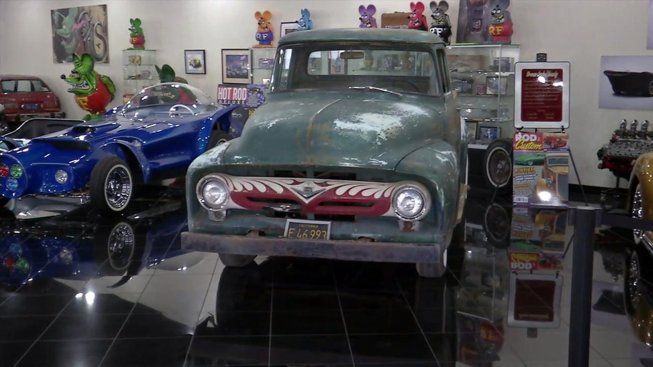 Hot Rod Icon Ed Roth S 1956 Ford F 100 Lives At Galpin Ford Abc7 Com