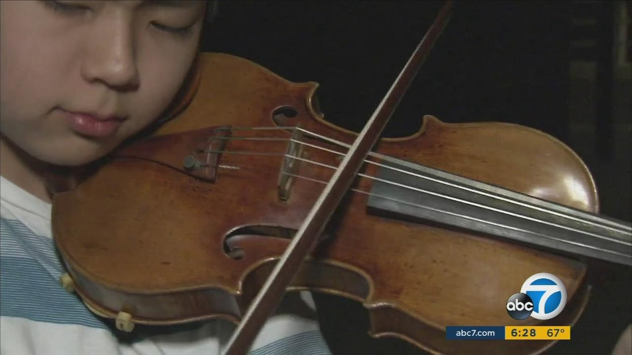 A golden period Stradivarius was awarded to 13-year-old Kevin Miura.