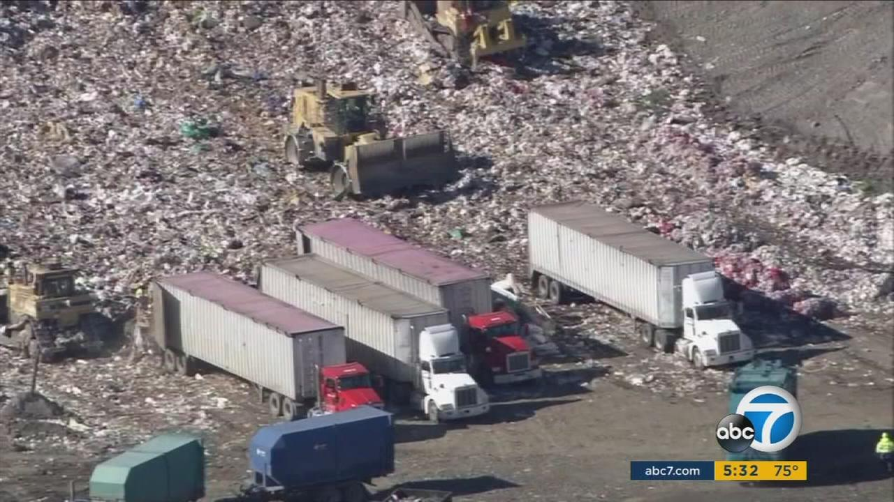 Following thousands of complaints, L.A. City Councilman Mitch Englander attempts to secure separate new landfill.