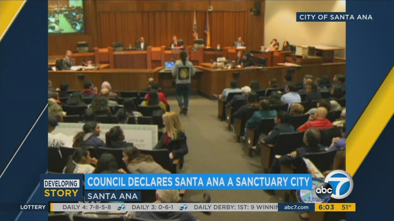 The Santa Ana City Council on Tuesday voted to declare the municipality a sanctuary city, marking the first time such a resolution has been passed in Orange County.