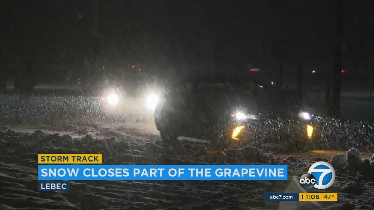 The 5 Freeway re-opened through the Grapevine after being closed due to snow on Saturday, Dec. 31, 2016.