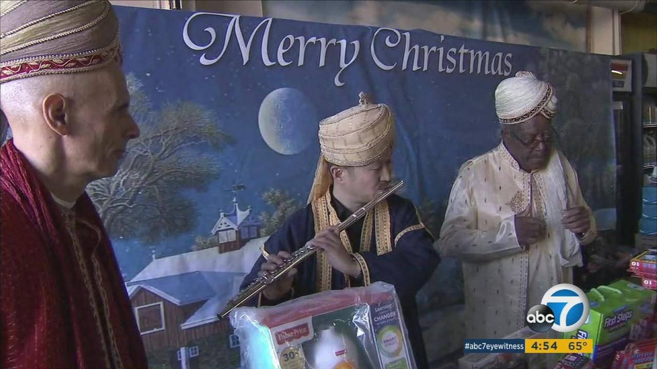 The Cervantes Center of Arts and Letters joined thousands of Hispanics in celebration of Dia de Los Reyes Magos.