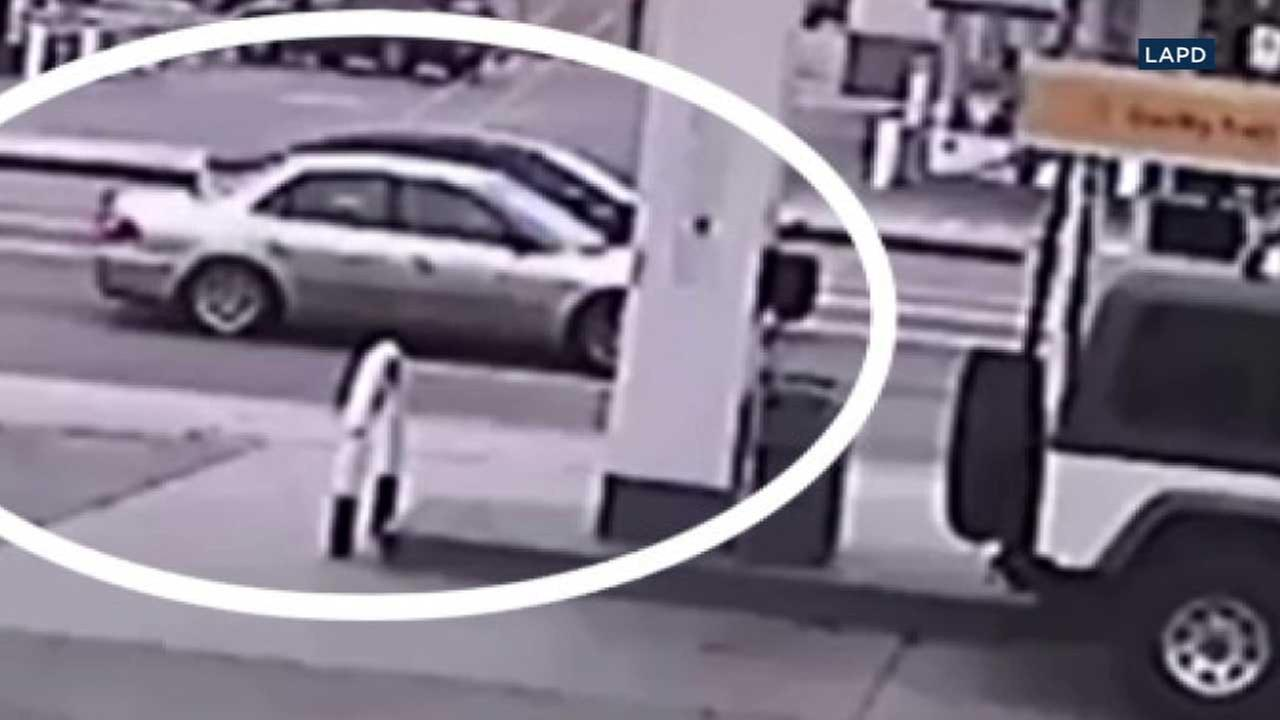 This surveillance still image provided by Los Angeles police shows a car sought in connection to a possible kidnapping in Chatsworth on Sunday, Feb. 19, 2017.
