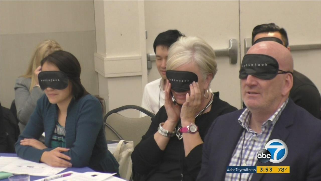 Virtual realty glasses, audio programs and apps got a chance to reach health facilities in order to help  create a better life for the elderly.
