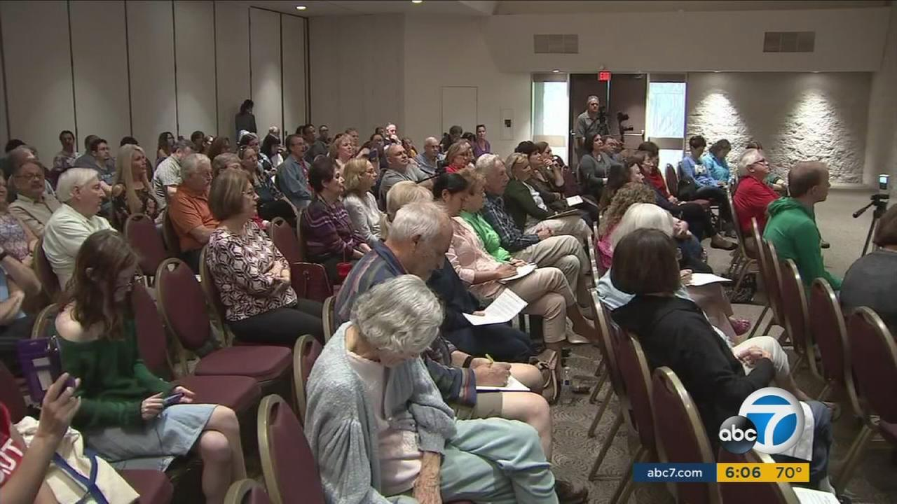 Residents and activists from Porter Ranch filled a room to discuss Senate Bill 57, which proposes to keep a SoCalGas facility closed during a gas leak investigation.
