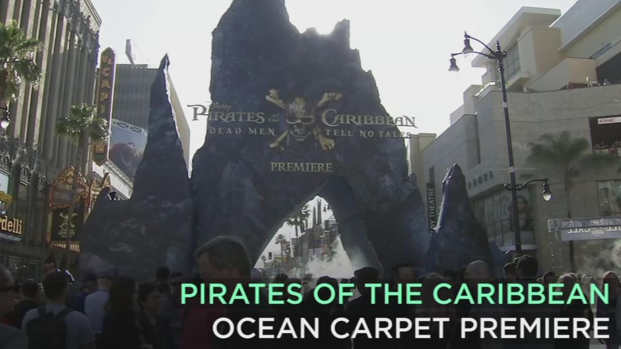 The Hollywood premiere for the fifth Pirates of the Caribbean movie, Dead Men Tell No Tales included a fans, pirates and an ocean blue carpet.