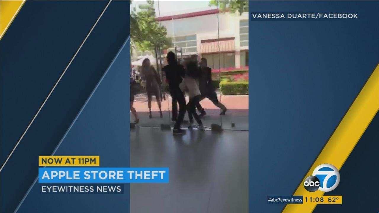 Video captures thieves running out of an Apple store in Rancho Cucamonga on Sunday, May 28, 2017.