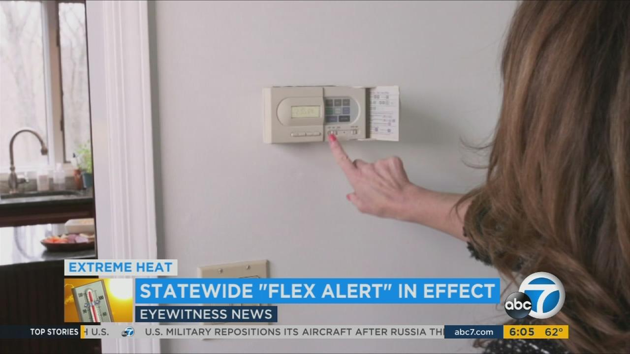 A scorching heat wave has prompted the company that manages Californias power grid to issue the first Flex Alert of 2017, in an effort to conserve electricity.