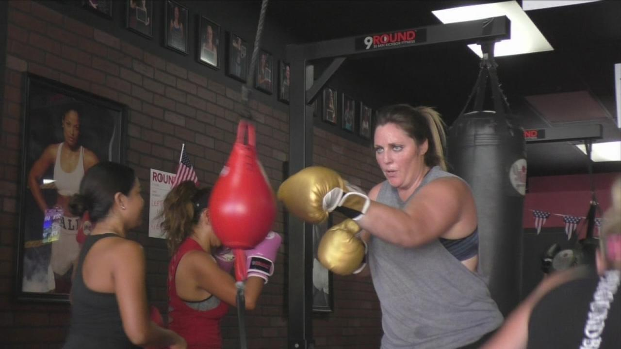 The Fountain Valley kickboxing gym 9 Round offers a continuous series of half-hour workouts that start every three minutes, so students can jump in at any time.