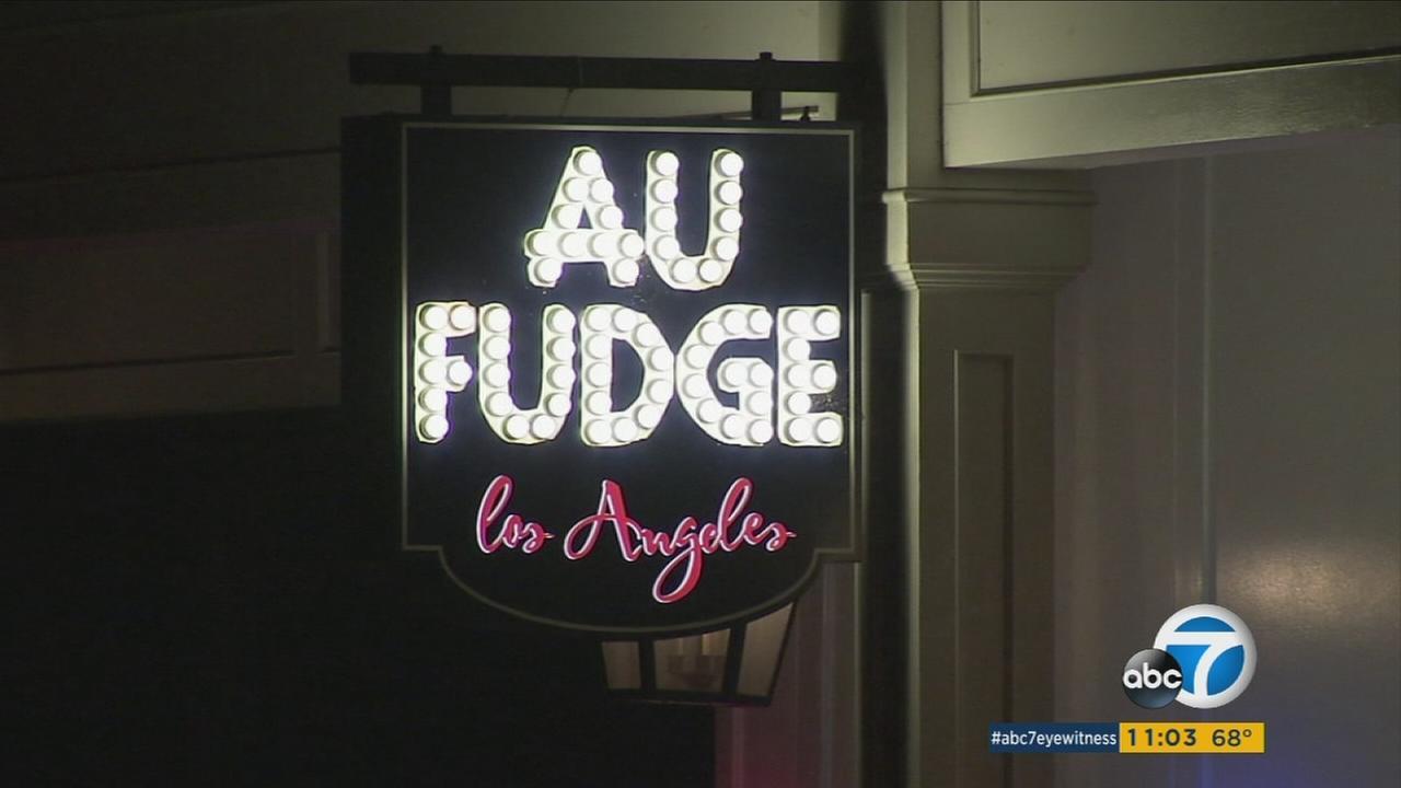 The sign to Jessica Biels restaurant Au Fudge is shown.