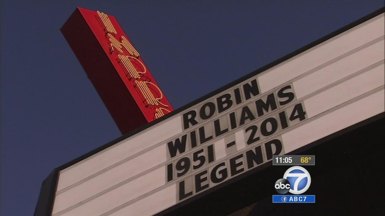 The Improv changes its marquee in honor of Robin Williams, who died Monday, Aug. 11, 2014.