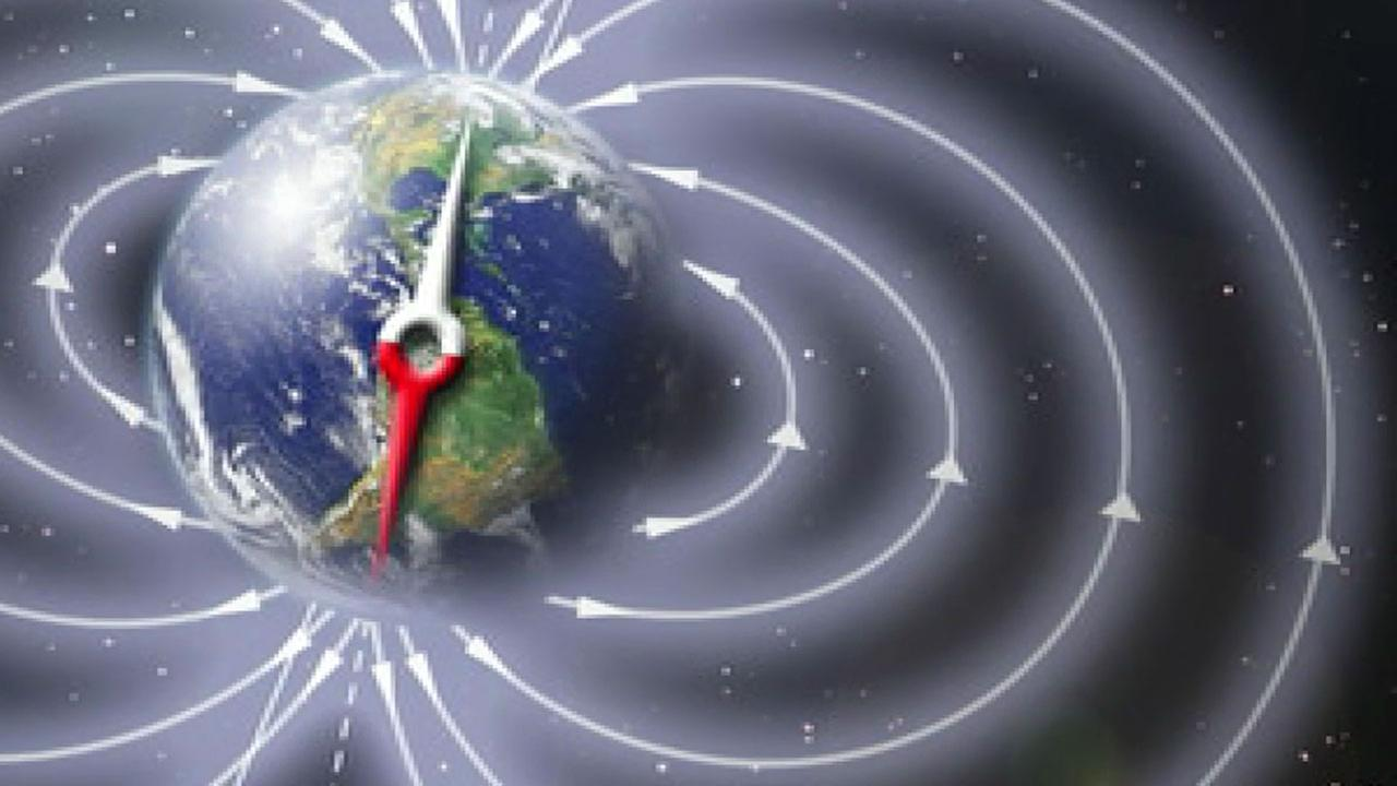 An illustration shows what Earths magnetic fields look like.