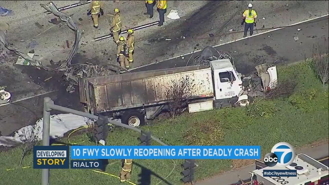 A deadly crash on the 10 Freeway in Rialto on Friday, Feb. 16, 2018.
