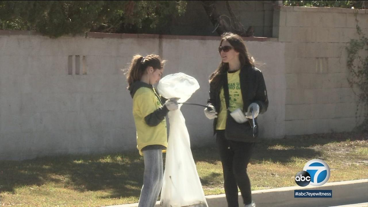 If you were driving in Encino Sunday, you may have seen an army of volunteers dressed in yellow T-shirts that read, Clean Up Encino Day