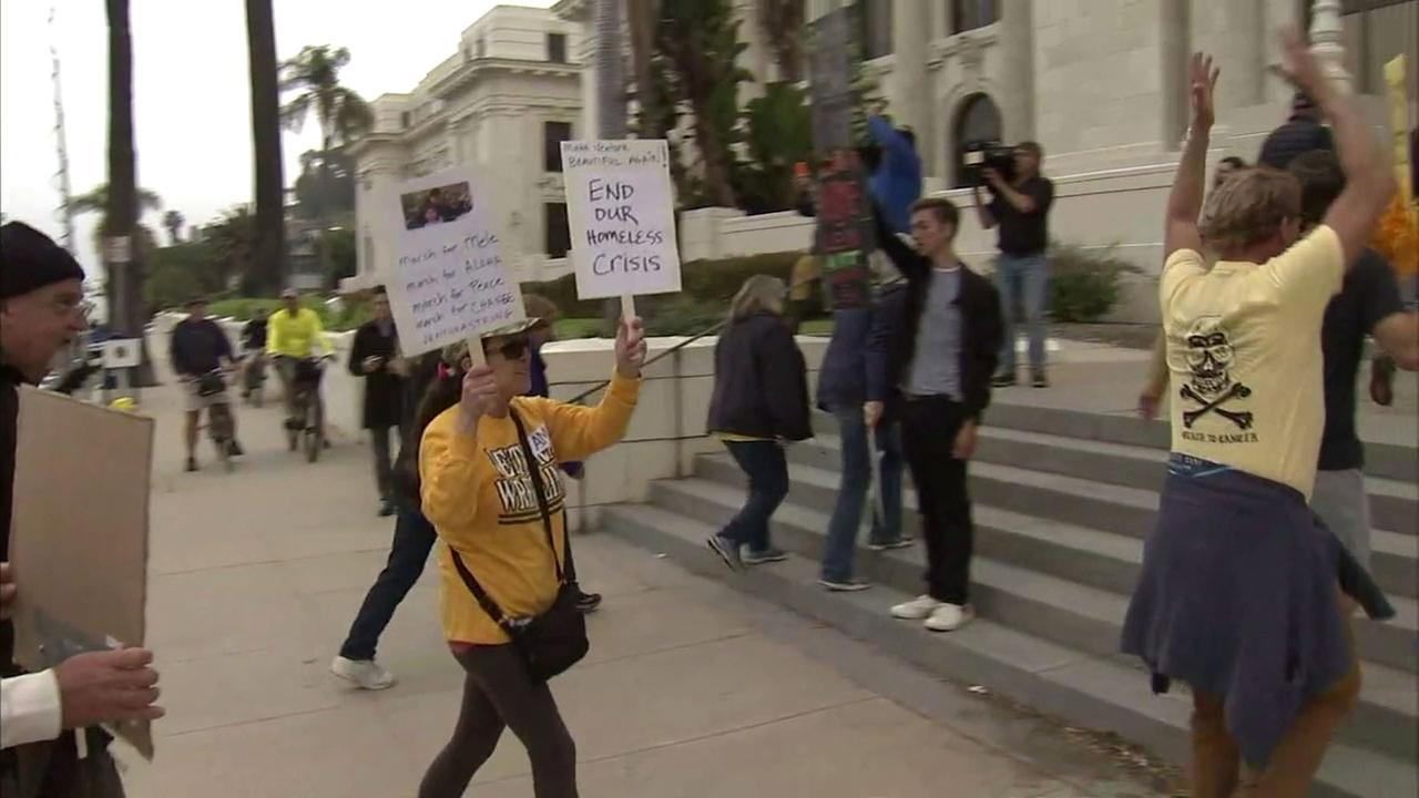 Ventura residents are demanding answers and actions from the city council after a father was stabbed to death by a homeless man while eating in a restaurant with his family.