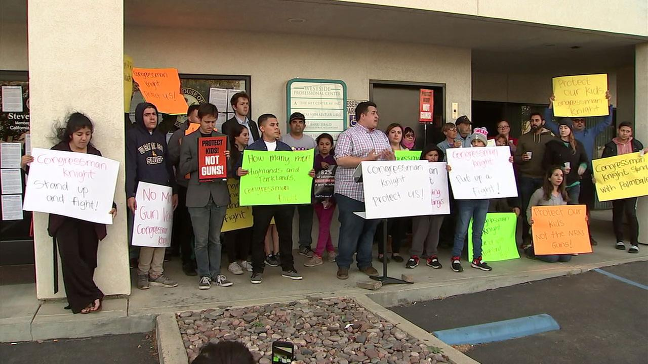 Students gathered to push Congressman Steve Knight to do more about gun violence following a shooting at a high school in Palmdale.