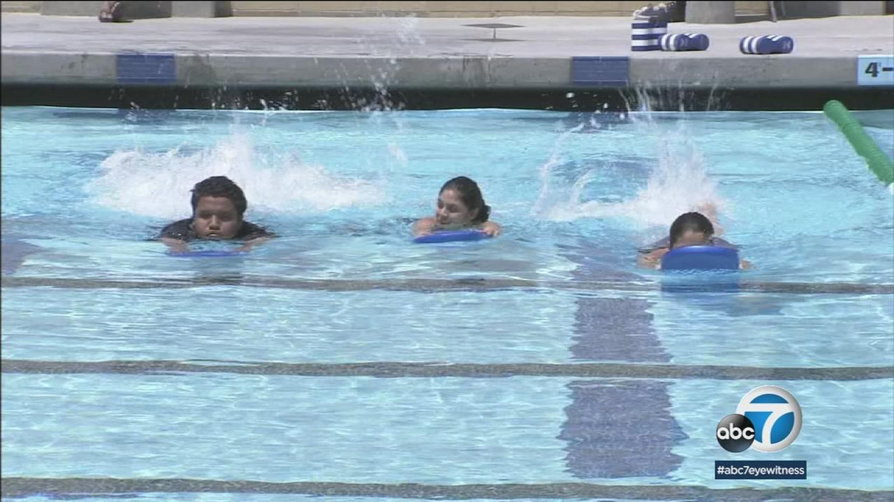 Public swimming pools can carry water-borne illness, so here are some tips to keep yourself and others safe and healthy this summer.